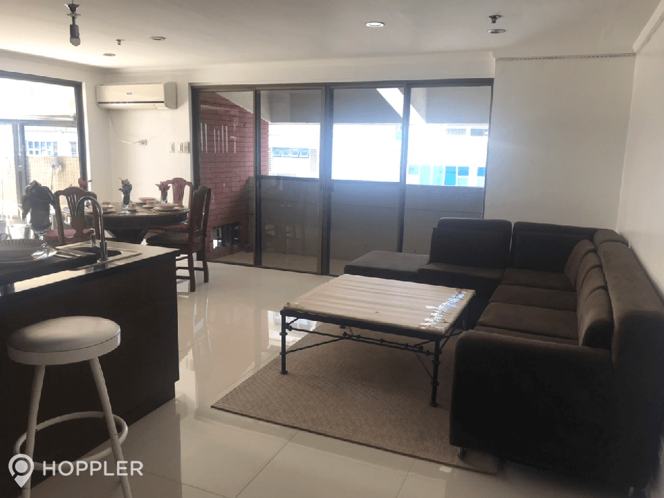 Condo Apartment For Rent In Legazpi Village Makati Rr2259481 Hoppler